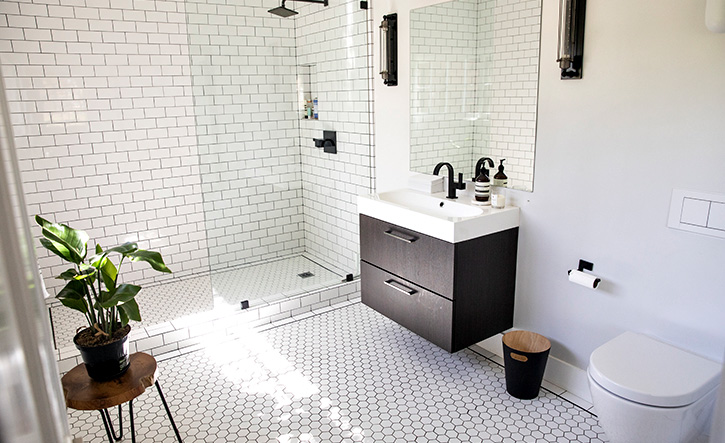 Bathroom Remodelling: Choosing the Right Colours